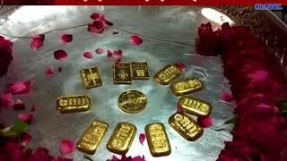 Banashkatha : One Devotee Donate KG Of Gold In Ambaji Temple At Surat
