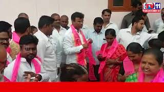 200 CONGRESS LEADERS JOINS IN TRS PARTY AT SRI RAM NAGAR   QUTHBULLPUR