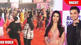 Aayush & Warina Plays Dandiya At Adarsh Navratri Utsav 2018 | LoveYatri
