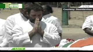 Congress VP Rahul Gandhi Pays Last Tribute To Former President Dr. APJ Abdul Kalam