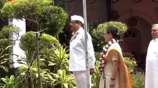 Congress President Smt. Sonia Gandhi unfurled the National Flag at the AICC headquarters