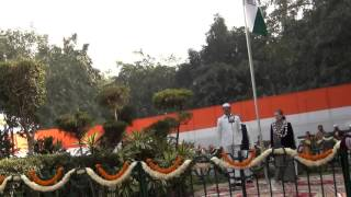 Congress President Smt. Sonia Gandhi unfurls party flag at AICC HQ in New Delhi