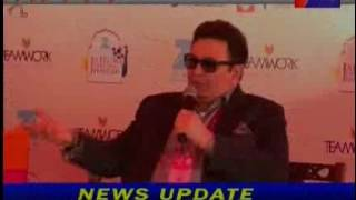 Watch Saeed Naqvi on Being Muslim in India #JLF (video id