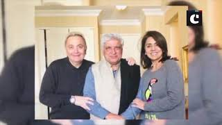 Rishi Kapoor poses with Javed Akhtar for a happy photo