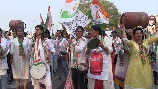 Mahila Congress Come On Street Due To Rising LPG Prices