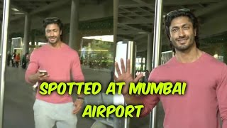 Vidyut Jammwal Spotted At Mumbai Airport