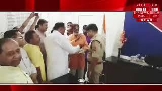 Jhansi ] झाँसी में खटीक समाज द्वारा किया गया वरिष्ठ पुलिस अधीक्षक का सम्मान / THE NEWS INDIA