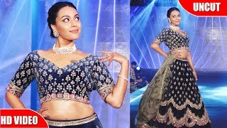 Swara Bhaskar Walk The Ramp As ShowStopper For Designer Richa Malkani At 'The Wedding Junction Show'