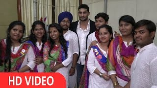Prateik Babbar as chief guest at feliciation ceremony at SNDT college.