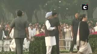 Rahul, Sonia Gandhi, Manmohan Singh pay tribute to former PM Indira Gandhi