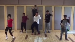Tiger Shroff Pays A Dance Tribute To Michael Jackson