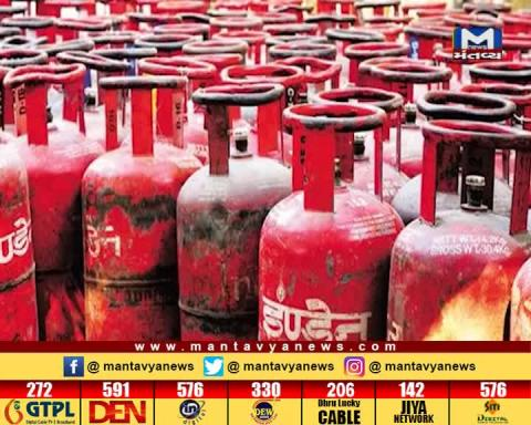 LPG cylinder price hiked, subsidised gas to cost Rs 2.94 more | Mantavya News