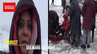Tourists rejoice as Gulmarg receives fresh snowfall