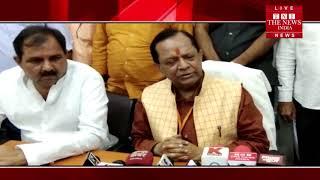 उत्तर प्रदेश सरकार के मंत्री मोती सिंह आज झांसी पहुंचे, जिले के मुख्य विभागों का किया औचक निरीक्षण