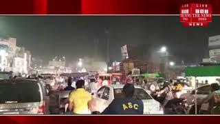 [ Hapur ] हापुड़ में दीपावली  भैया दूज के पर्व पर काफी भीड़ का सामना कर रही ट्रेफिक पुलिस