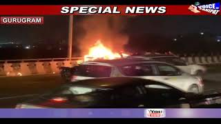फ्लाईओवर पर बिना ड्राइवर के दौड़ी जलती हुई कार