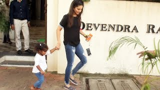 Sunny Leone With His Daughter Nisha Kaur Spotted At Juhu