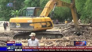 Warga dan TNI Buka Jalur Sungai di Dolo Selatan Akibat Banjir Bandang