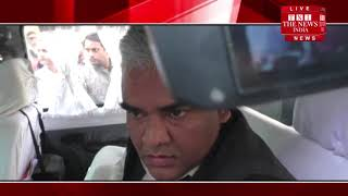 [ Bahraich ] बहराइच में दबंग नेता ने सीओ को मारी चप्पल और दी गालिया, पुलिस शांत / THE NEWS INDIA