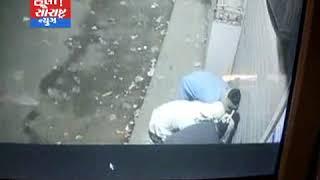 જેસર-દુકાનોના સટર તોડી તસ્કરો કરી ગયા ચોરી CCTV માં કેદ