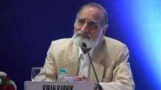 Mr Kiran Karnik Chairman CII National Committee on Telecom & Broadband addressing CII