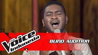 Barry - Sahabat Jadi Cinta | Blind Auditions | The Voice Indonesia GTV 2018