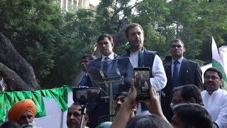 Kisan Mukti March: Congress President Rahul Gandhi addresses farmers at Jantar Mantar, New Delhi