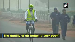 Thick layer of smog continue to engulf Delhi, air quality remains 'very poor'