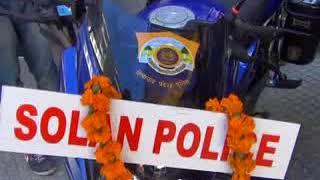 सोलन पुलिस को यातायात व्यवस्था को सुचारु बनाने  के लिए आठ नई मोटर साइकिलें उपलब्ध करवाई