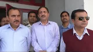 प्रेस क्लब हमीरपुर के सदस्यों ने आईपीएच के एसई राकेश कुमार महाजन से मुलाकात करके जल्द