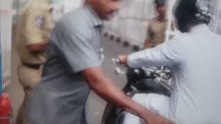 Asaduddin Owaisi | Arrived at CM Camp Office On a Sports Bike | KCR meeting Owaisi - DT News