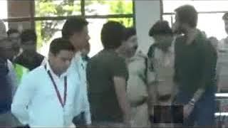 क्रिकेट के भगवान कहे जाने वाले मास्टर ब्लास्टर सचिन तेंदुलकर गगल हवाई अड्डे पर उतरे।