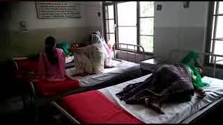 सुजानपुर टीहरा में डॉक्टर  ना होने से लोगो को हा े रही रही परेशानी