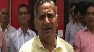 भारतीय डाक सेवा के कर्मियों ने अपनी मांगों को लेकर अनिश्चित कालीन हड़ातल शुरू