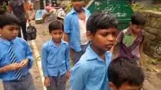 राजकीय बाल प्राथमिक पाठशाला हमीरपुर में शिक्षा की जगह नौनिहालों से स्कूल में  करवाई जा रही सफाई