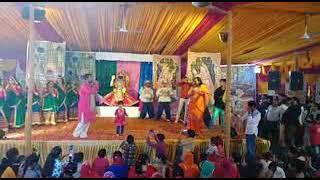 बैजनाथ के पंडोल रोड गणेश महोत्सव  में  द्वारिका कृष्ण लीला का मंचन कर लोगों जा मन मोह लिया।
