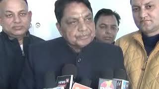 सोलन के विधायक धनीराम शाण्डिल ने उच्च अधिकारियों के साथ बैठक