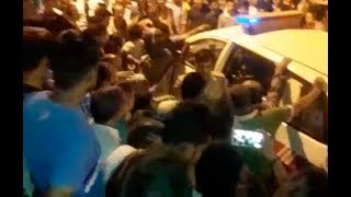 रिहायशी इलाके में सरेआम बिक रहे नशे के खिलाफ लोगों का विरोध