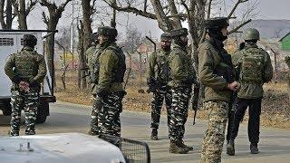J-K: Suspected terrorists loot 4 rifles from Congress leader