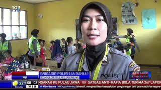 Polwan dari Polres Sukabumi Hibur Anak-Anak Korban Longsor Cimapag