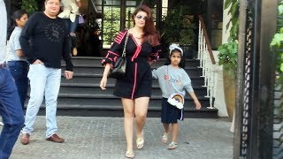 Twinkle Khanna With Cute Daughter Nitara Spotted At Soho House