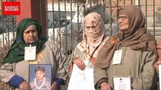 Association of parents of disappear persons (APDP) protest at pratap park Srinagar