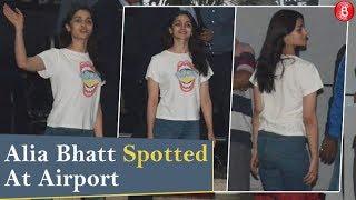 Alia Bhatt Spotted At Mumbai Airport