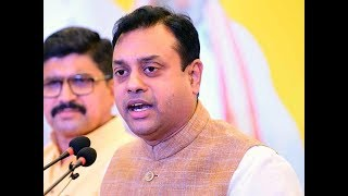 2019 Lok Sabha polls will be between the leader and dealers: BJP's Sambit Patra