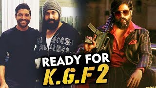 KGF Star Yash And Farhan Akhtar Poses Together | Get Ready For KGF 2