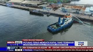 Bangkai Kapal Terbakar di Pelabuhan Muara Baru Dibersihkan