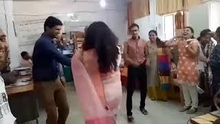 वायरल महिला बाल विकास कार्यालय का वीडियो ,Dewas-Dance- www.bhartiya.news