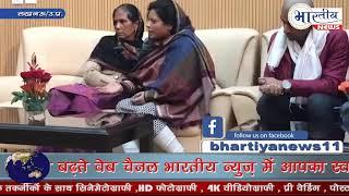 सीएम योगी से मुलाकात में शहीद इस्पेक्टर की पत्नी ने उठाए सवाल। #bhatiyanews Subscribe & Join
