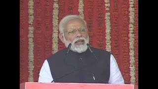PM Modi warns Kashmir baiters of stern action