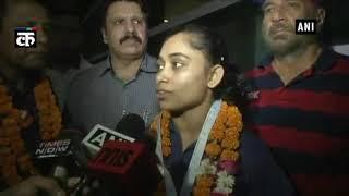 जिम्नास्टिक वर्ल्ड चैलेंज कप में 'गोल्डन जीत' के बाद दीपा कर्मकर भारत लौटी